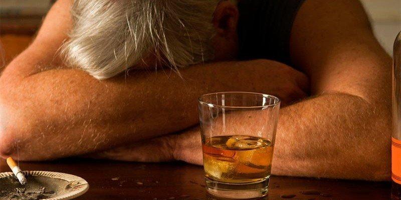 Причина появления алкогольной энцефалопатии