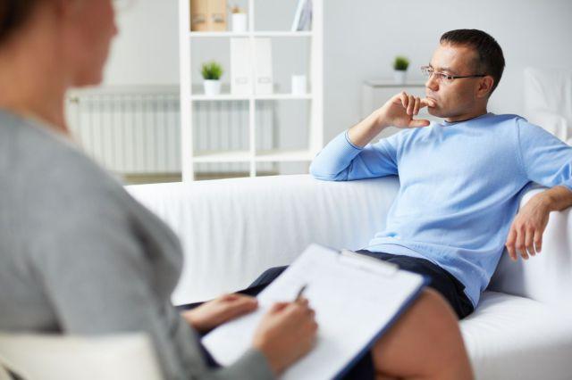 Психотерапия помогает от депрессии после алкоголя