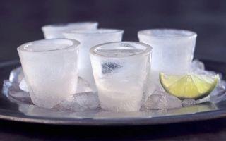 Водка замерзла в морозилке: о чем это может говорить