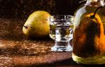 Грушевая водка: секреты и способы приготовления