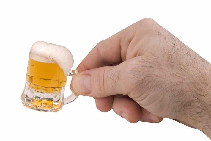 немного алкоголя