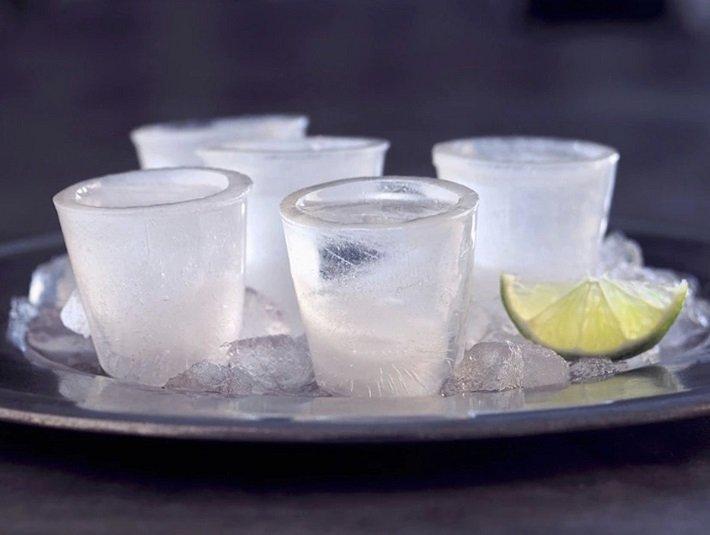 замерзла водка