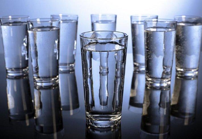 8 стаканов