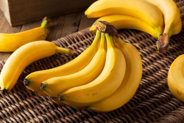 Как правильно есть банан, чтобы получить полезные антиоксиданты из банановой кожуры