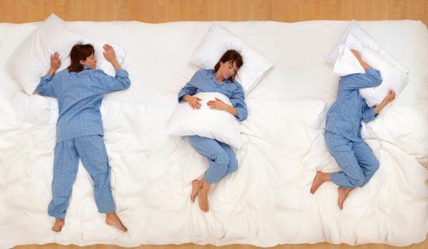 Почему полезно спать на левом боку? Самая правильная поза для сна