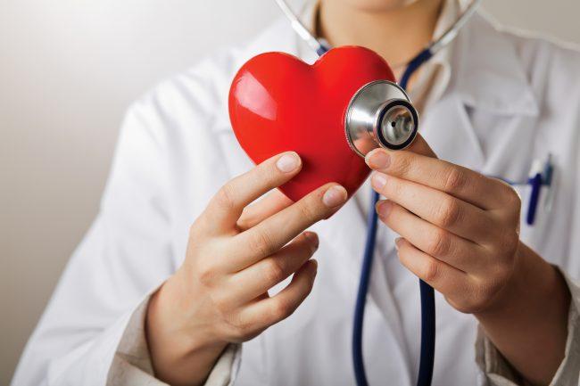 Первые признаки сердечного заболевания, после которых нужно обратиться к врачу