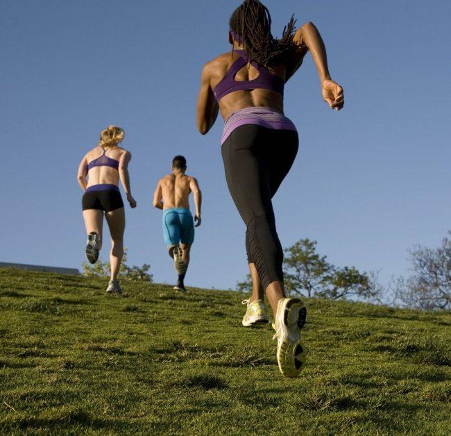 Утренняя пробежка натощак: советы и рекомендации