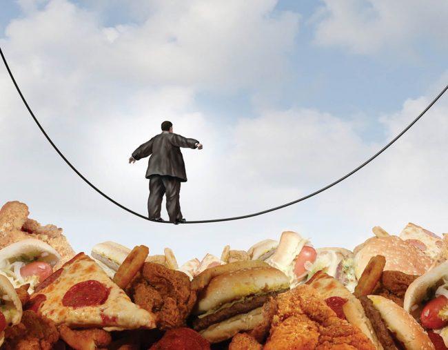 Почему лишний вес опасен для здоровья: 5 советов в борьбе с перееданием