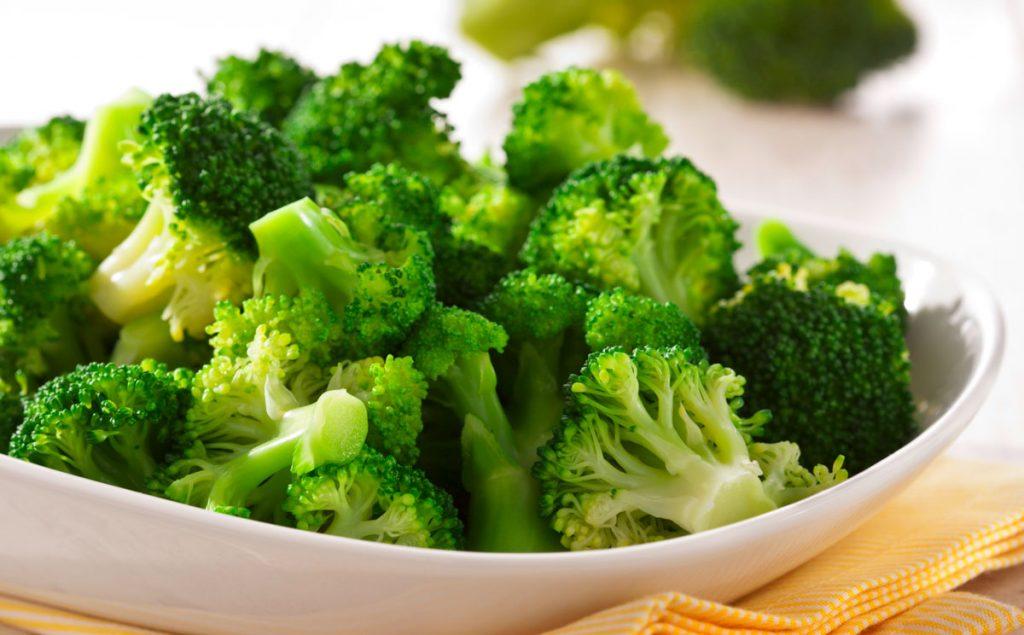 Как правильно есть брокколи, чтобы все полезные свойства оставались