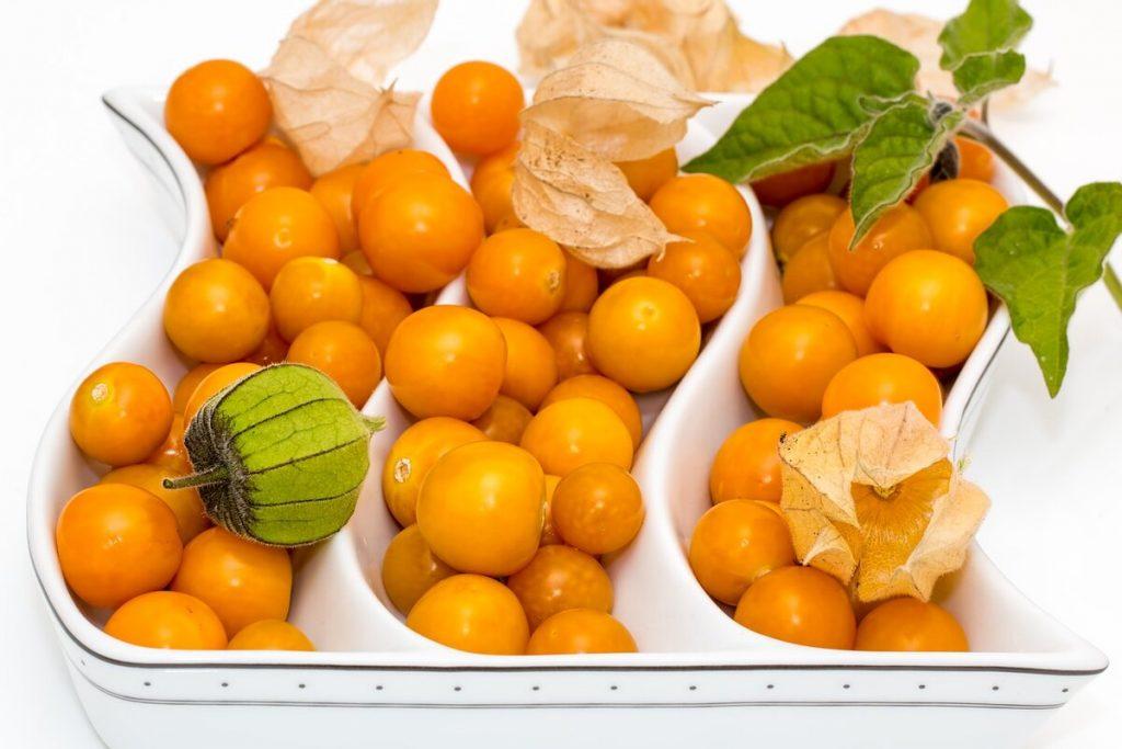 Как едят свежий физалис, чтобы не навредить здоровью