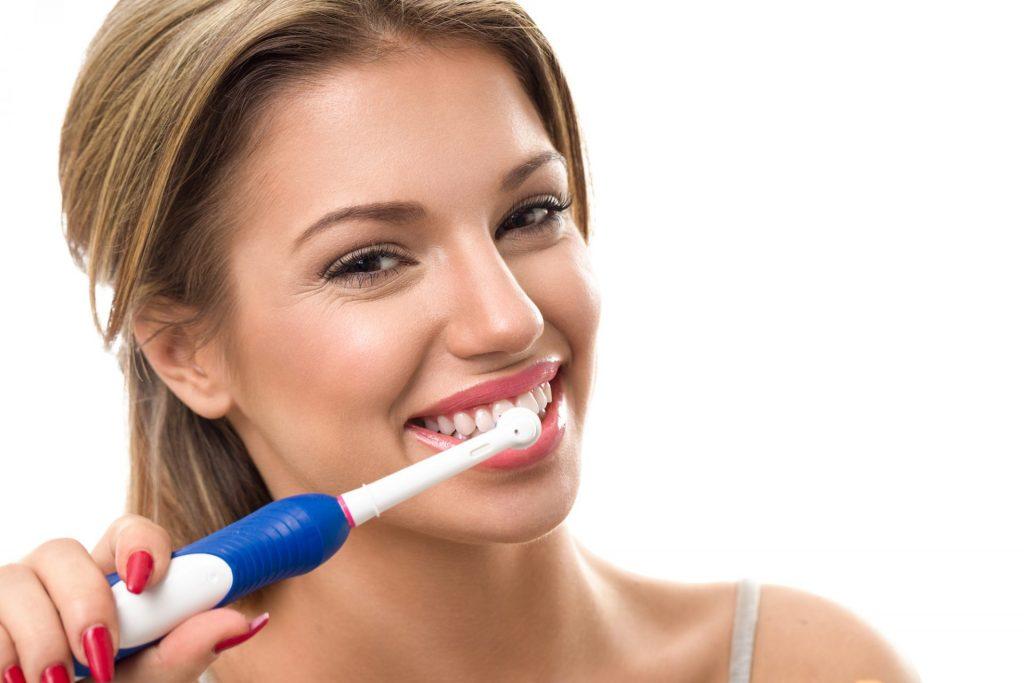Топ-5 полезных гаджетов для здоровья зубов