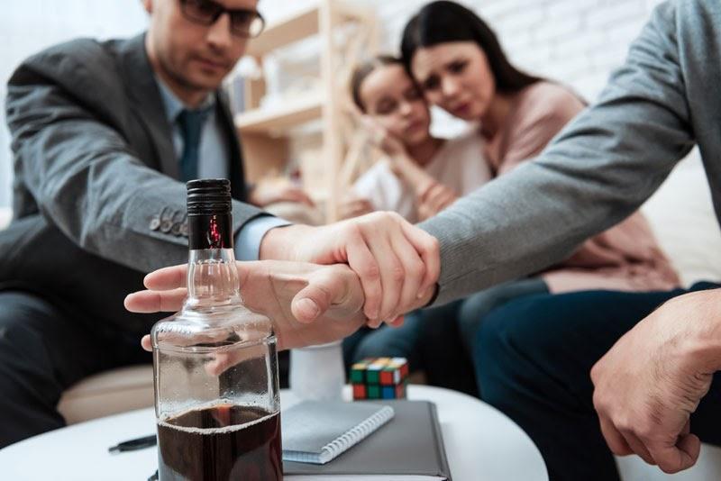 3 признака приближения срыва после кодировки от алкоголя